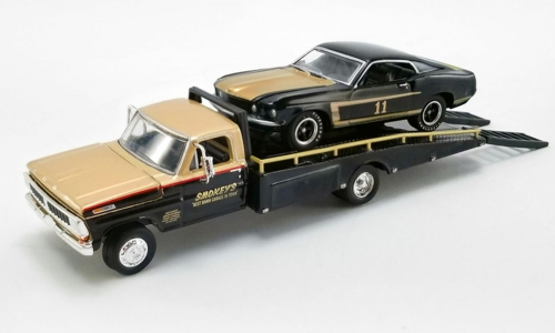 1/64 FORD F350 RAMP TRUCK WITH 1969 TRANS AM MUSTANG