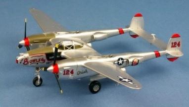 1/72 P-38 LIGHTNING MISS BOWLEGS USAAF