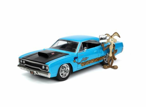 1/24 1970 PLYMOUTH ROAD RUNNER WITH WILE E COYOTE FIGURE