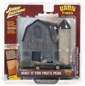 JLDR006B - 1/64 1968 FORD MUSTANG GT FASTBACK BARN FIND DIORAMA