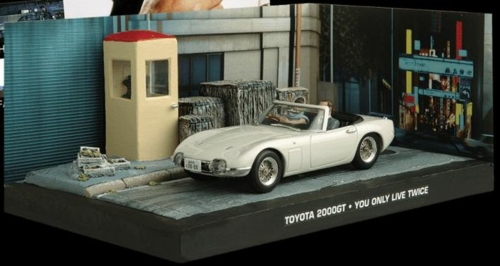 1/43 TOYOTA 2000 - BOND - YOU ONLY LIVE TWICE