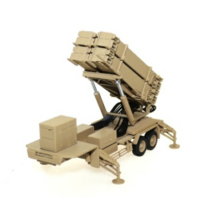 1/72 PATRIOT MISSILE AND TRAILER