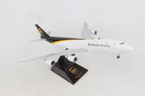 1/200 UPS BOEING 747-8F WITH GEAR