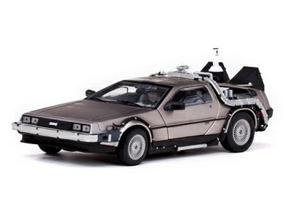 1/18 1983 DELOREAN BACK TO THE FUTURE II